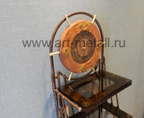Кованая этажерка часы