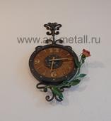 Кованые настенные часы флористика