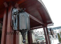 кованый готический фонарь. 6 граней.