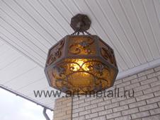Кованый фонарь на балкон.