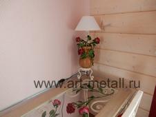 Кованая настольная лампа в стиле флористика