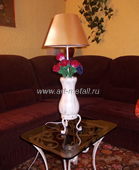 oak table lamp with forged roses