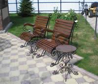 Кованая садовая мебель.