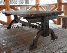 Кованый стол. Состаренная сосна.