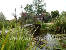 Кованый садовый мостик.