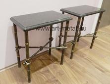 Кованые стулья , стилизованные под бамбук.